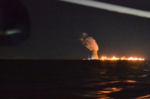 L'usine nucléaire à côté de laquelle nous avons jeté l'ancre dans la Baie du Delaware